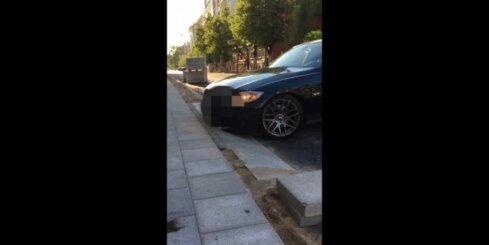 Rīgas domes kārtējais 'meistardarbs' - Elizabetes ielā iebrauktuvēs var salauzt auto