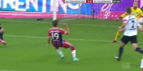 Minhenes 'Bayern' pieveic 'Paderborn'