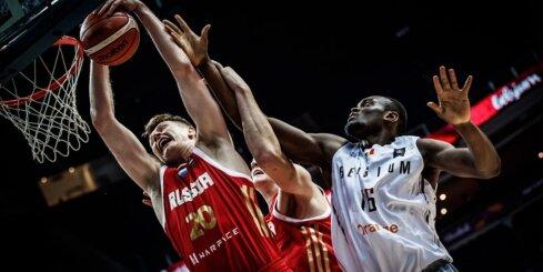 Video: Krievijai un Horvātijai trešās uzvaras 'Eurobasket 2017'