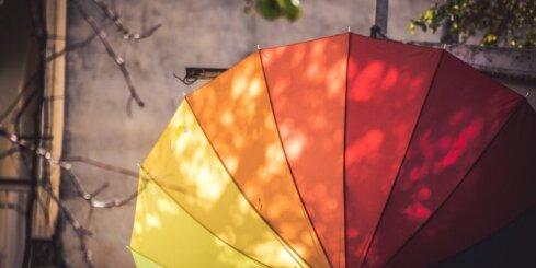 'Krāsains' gaiss un krāsots ūdens – izrādās, tie var noderēt dziedināšanā
