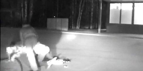Rīgā policija dzenas pakaļ agresīvam autovadītājam