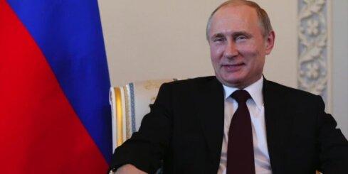 Putins ieradies okupētajā Krimā