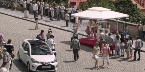 Jaunais 'Toyota Yaris' dodas muzikālā ceļojumā