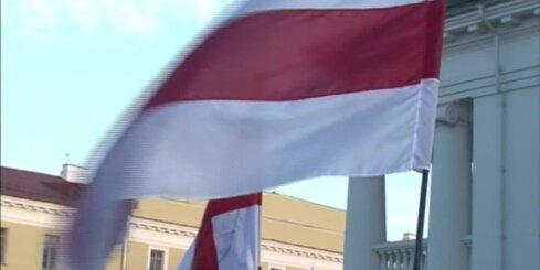 Minskā vairāki simti protestē pret jaunu Krievijas aviobāzi