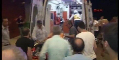 Ievainoto glābšana Stambulas lidostā
