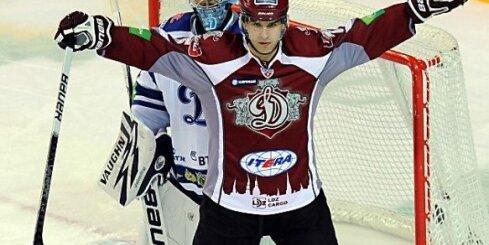 Krišjānis Rēdlihs pietuvina 'Dinamo' nākamajai kārtai