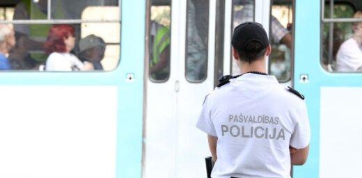"""N.Zernis: Vai SIA """"Rīgas satiksme"""" un Rīgas Pašvaldības policijai ir atļauta pretlikumīga rīcība?"""