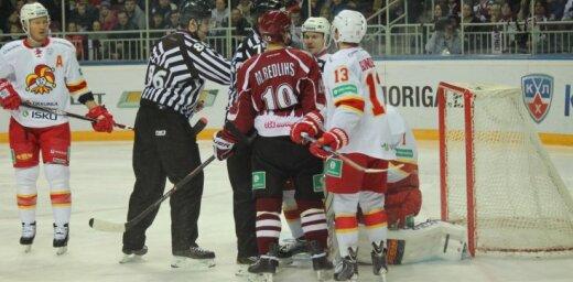 Rīgas 'Dinamo' komanda uzņem Helsinku 'Jokerit' un Artūru Kuldu