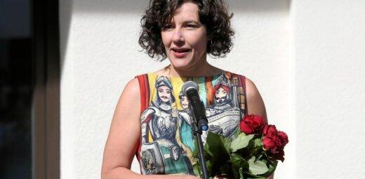 Reizniece-Ozola pasniegs pirmo Latvijas Simtgades stipendiju spožākajam absolventam