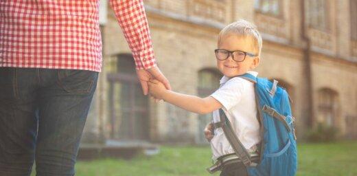 Septiņus gadus vecs puika pazaudējis autobusa biļeti; vadītājs izņēmumus nepieļauj