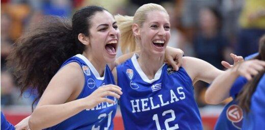 Grieķijas basketbolistes 'aizliek kāju' priekšā vienai no favorītēm Krievijai