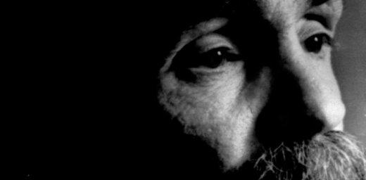 Miris bēdīgi slavenais Čārlzs Mensons
