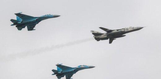 Ukrainā iznīcinātāja avārijā gājuši bojā ukraiņu un amerikāņu piloti