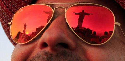 Развлечения туристов в Рио-де-Жанейро в ожидании большого футбола