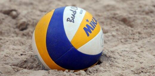 Latvijas pludmales volejbola pāri iekļūst Eiropas U-20 čempionāta izslēgšanas turnīrā
