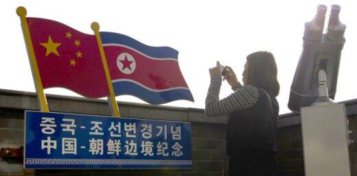 Ziemeļkorejā iet bojā liels skaits tūristu no Ķīnas