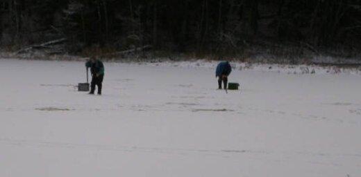 Pirmie bļitkotāji - drīz būs sals un ledus