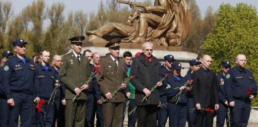 Власти Варшавы демонтируют памятник Благодарности Красной армии