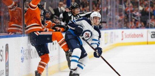 Dāņu uzbrucējs Ēlerss atzīts par NHL aizvadītās nedēļas spožāko zvaigzni