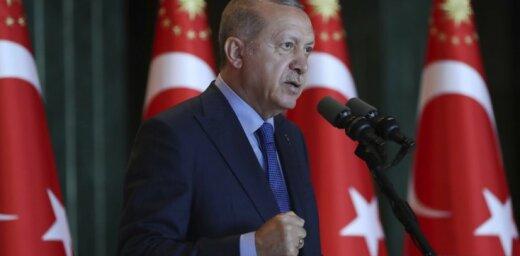 ASV 'šauj stratēģiskā partnera kājā', sašutis Erdogans