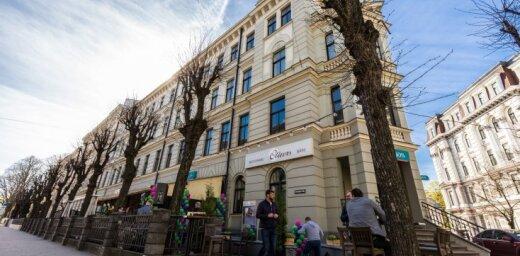 Rīgas restorāns 'Olivers' atvēris vasaras terasi