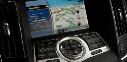 'Nissan' jaunā navigācijas sistēma spēs bremzēt dzinēju