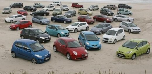 Kulbergs: jaunu auto cenas vairs nekritīsies