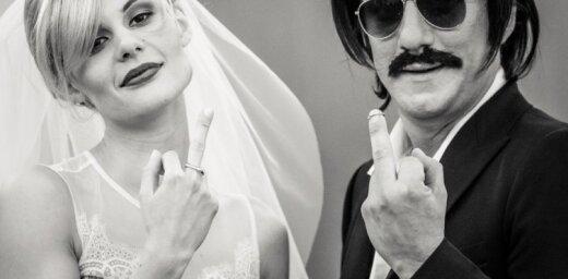 Noklausies! 'Ryga' publicē jaunu dziesmu no izrādes 'Bannija Manro nāve'