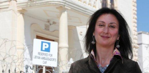 Nogalinātās Maltas žurnālistes dēls pielīdzina valsti mafijai