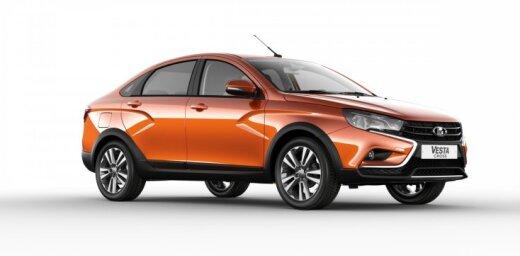 'Lada Vesta' sedans paaugstinātās pārgājības versijā 'Cross'