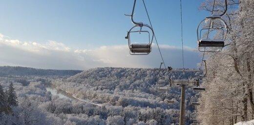 Foto: Zelta rudeni Siguldā nomaina krāšņa ziemas pasaka