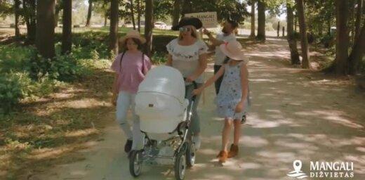 Armands Simsons ar ģimeni apmeklē vienu no 100 Mangaļi ūdens dižvietām - Kokneses pilsdrupas