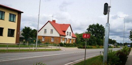 Uz Latvijas ceļiem darbojas jau 60 stacionārie fotoradari