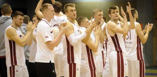 Latvijas basketbolisti pirms 'Eurobasket' tiksies ar Lietuvu