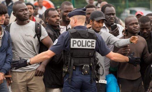 Влагере беженцев воФранции в потасовке умер один мигрант