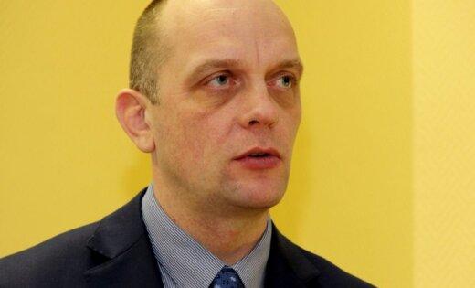 Ploriņu tiesās par 1,26 miljonu eiro zaudējumu nodarīšanu valstij un izvairīšanos no IIN nomaksas