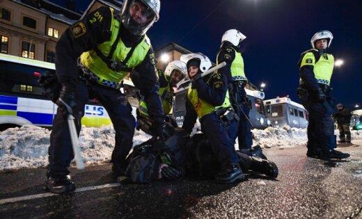 Русские корреспонденты заденьги предлагали мигрантам учинить беспорядки вСтокгольме