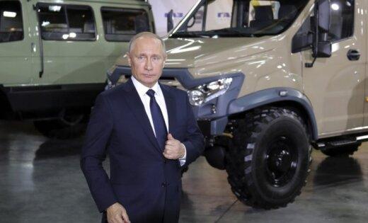 Šoigu paziņo Putinam par pilnīgu 'Daesh' sagrāvi Sīrijā