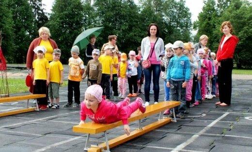 Viļānu bērnu sporta svētki pulcē knašākos ķiparus
