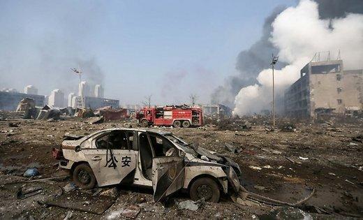 В Тяньцзине вновь гремят взрывы, объявлена эвакуация. В воздухе обнаружен цианид