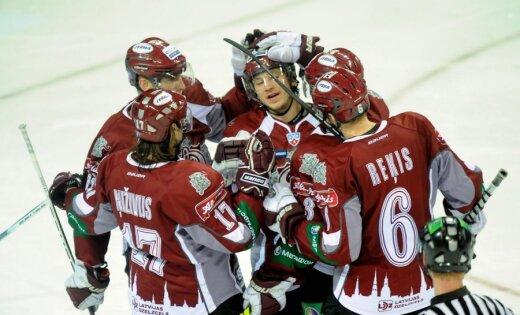 VIDEO: Rīgas 'Dinamo' pieveic Jerofejeva pārstāvēto 'Metallurg'