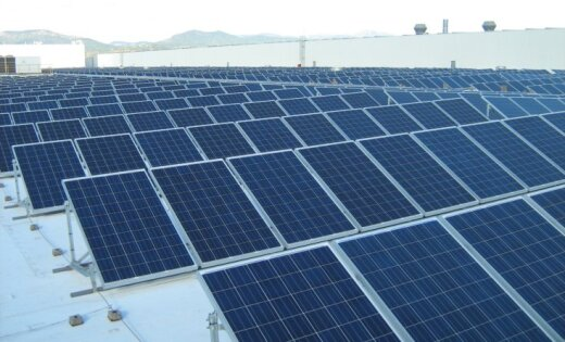 Mājsaimniecībām būs iespēja saražoto 'zaļo enerģiju' novirzīt kopējā tīklā un ietaupīt