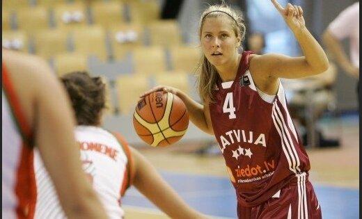 Dāmu basketbola izlase cīņā par triumfu Eiropas čempionāta apakšgrupā spēkojas ar Beļģiju