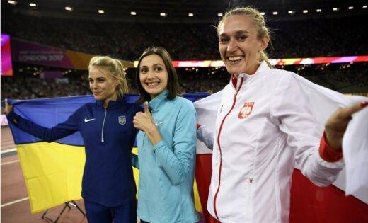 Neatkarīgā sportiste Lasickene nosargā pasaules čempiones titulu augstlēkšanā