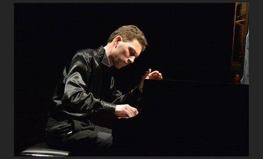 Izdots pianista Reiņa Zariņa ieraksts 'Lūcija Garūta. Klaviermūzika'