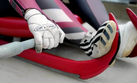 Latvijas kamaniņu braucēju stafetes komandai septītā vieta pasaules čempionātā