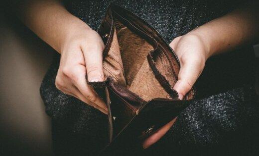 В России министр заявила, что можно жить на 45 евро в месяц; её уволили