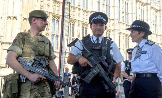 В результате стрельбы в Манчестере пострадали 10 человек