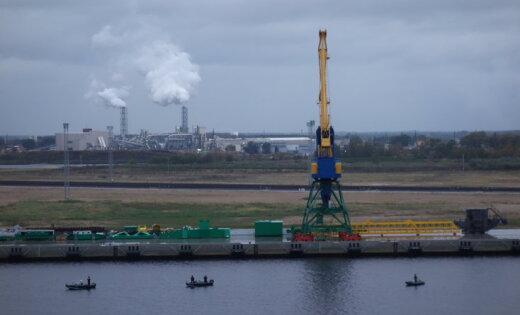 Порт «Усть-Луга» вянваре-октябре увеличил перевалку наливных грузов на5%