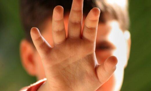 Пардаугава: отчим подозревается в жестоком избиении 6-летнего мальчика